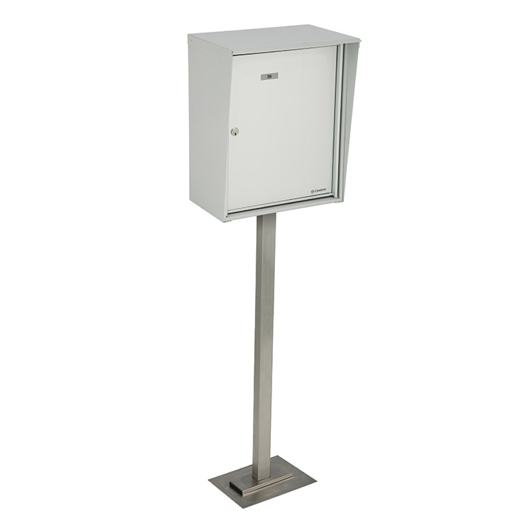 Single parcel box, pedestal front loading model with a key return slot, for exterior use
