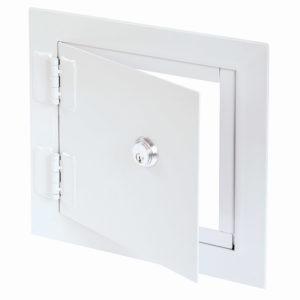 Panneau d'accès à usage universel à haute sécurité avec cadre apparent, mortaise à serrure à pêne dormant avec cylindre, chemin de clés identiques, charnière robuste de type carré